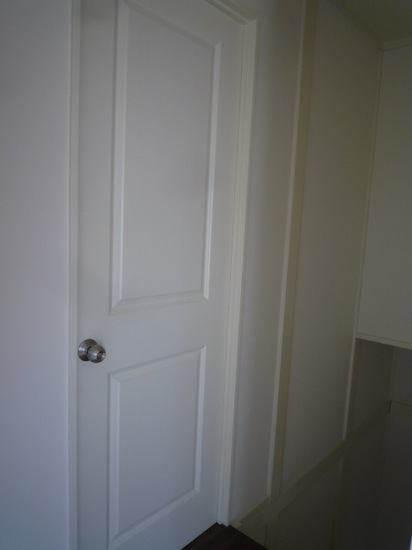 2階洗面への扉.JPG